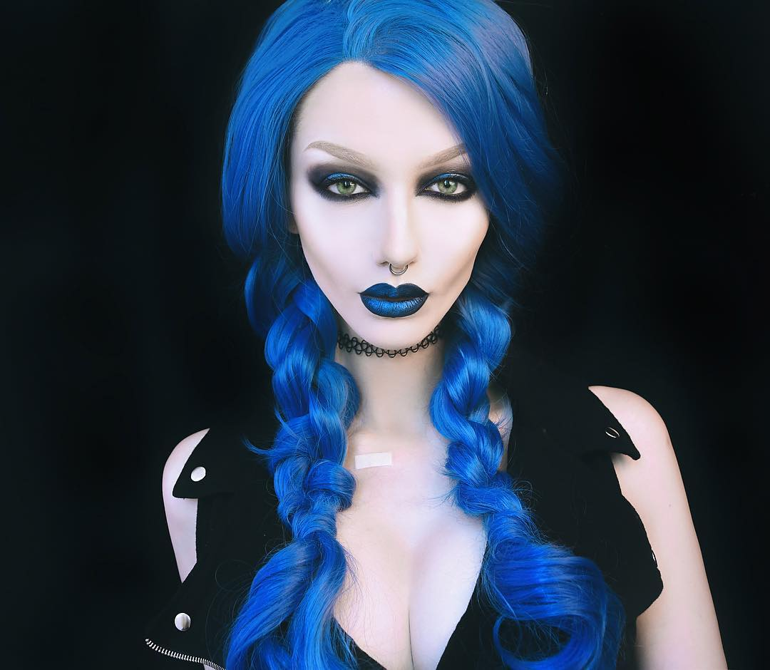 "24"" Blue Long Wavy Synthetic Lace Front Wig - edw133"