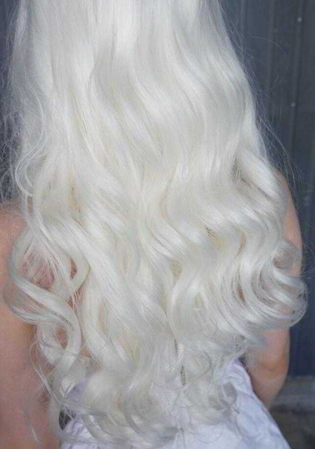 "24"" White Long Wavy Synthetic Lace Front Wig - edw175"